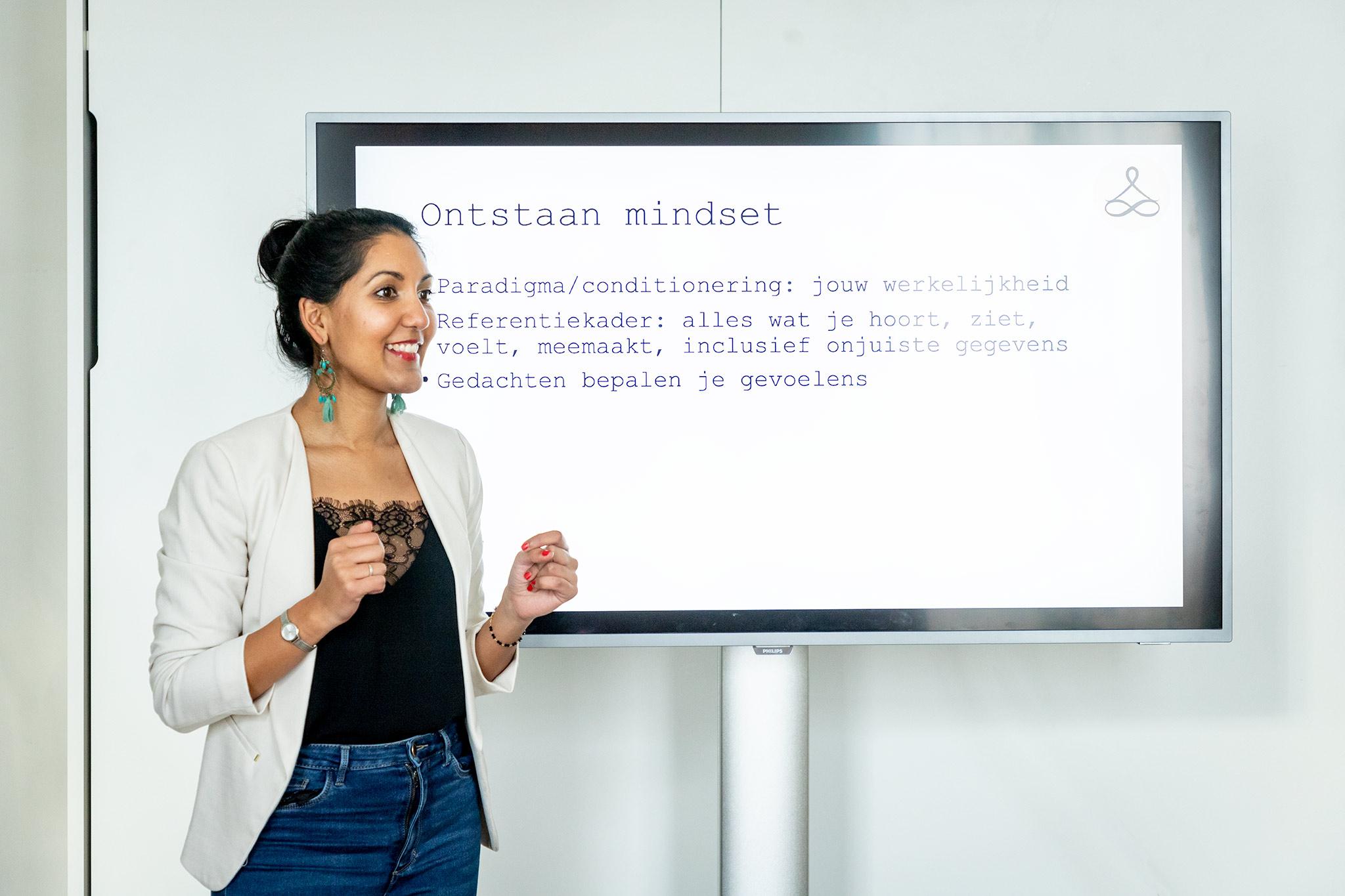 Mindset training, master je mindset, mindset workshop, mindset voor bedrijven, Sabrina Soebhan, stressreductie